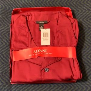 Brand New Alfani Men's satin pajama set
